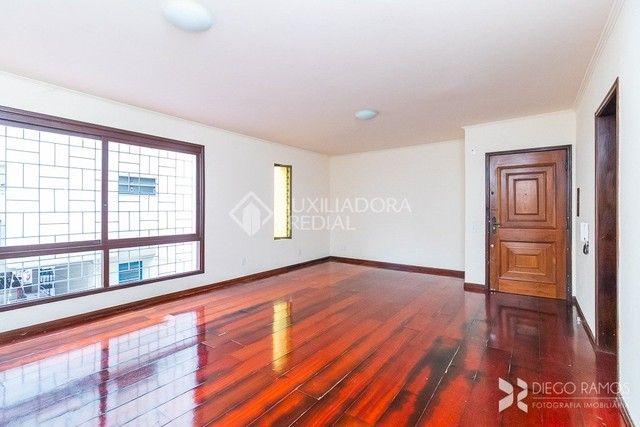 Apartamento à venda com 3 dormitórios em Petrópolis, Porto alegre cod:240553 - Foto 4