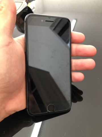 Iphone 8 semi novo - Foto 2