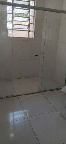 Alugo apartamento na Av Cristóvão Colombo térreo 2 quartos 75m2 - Foto 4