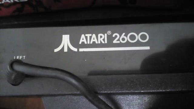 Atari* + 2 controls + tv 14 de brinde