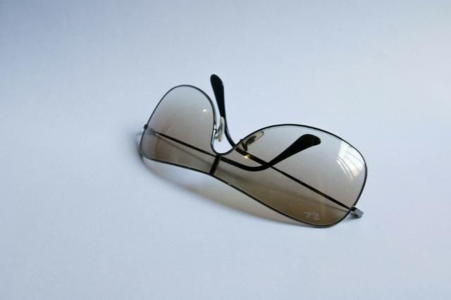 Óculos de Sol RayBan estilo Máscara original Usado - Bijouterias ... 8b0ae41049