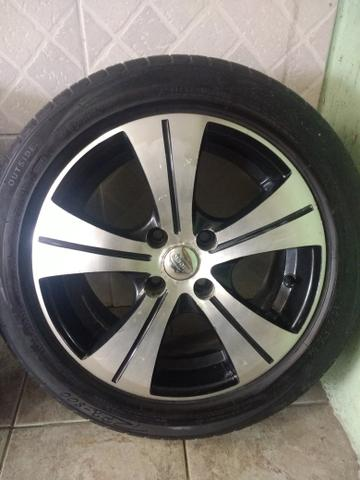 Rodas 15 diamantada pneus seminovos(aceito cartão)