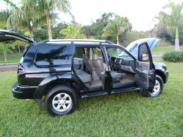 Pagero sport 2.5 4x4 manual a diesel impecavel - Foto 9