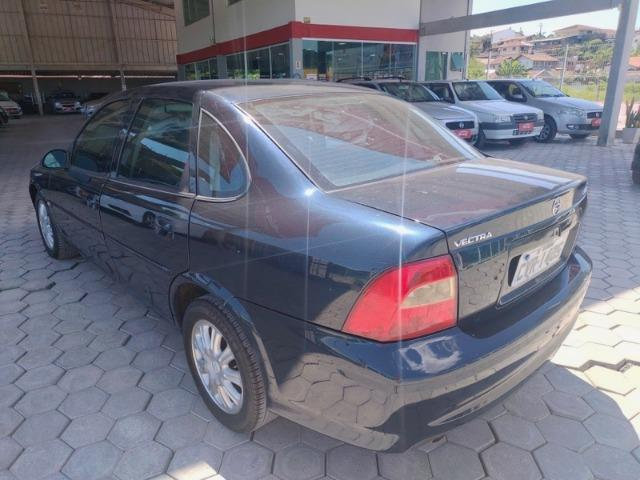Vectra 2.2 2000 Automatico Com GNV - Foto 9