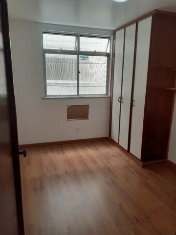 Apartamento de Frente em Irajá, 03 Dormitórios, Varanda, Garagem etc - Foto 4