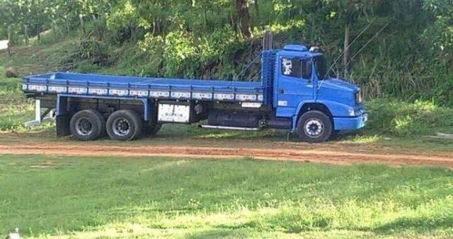 Caminhão carroceria graneleiro Alto truck 14 tl