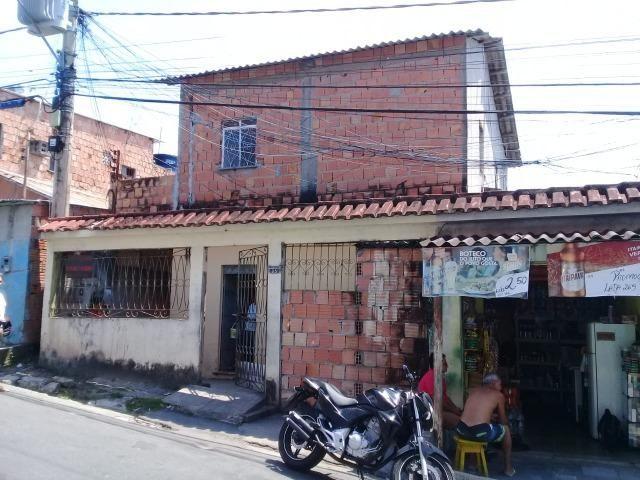Mauazinho casa ao lado da principal, com pequeno ponto comercial mais 6 quitinetes.