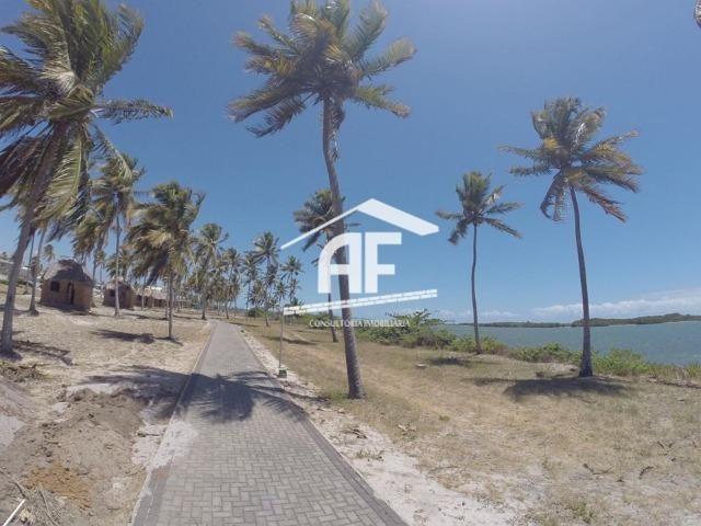 Terreno sensacional com 900 m², localização privilegiada - Condomínio Laguna - Foto 17
