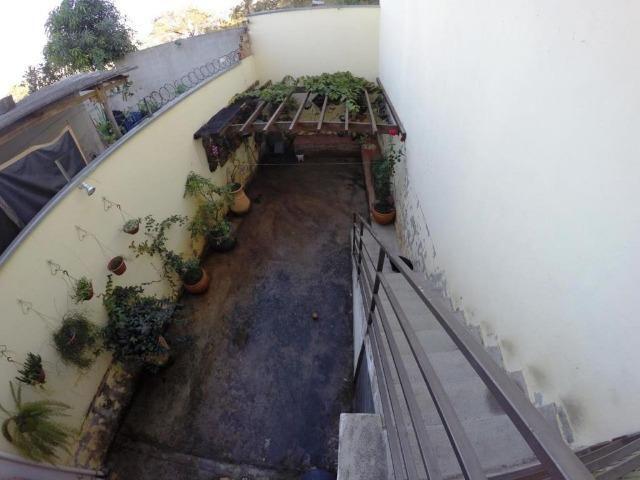 Cod.:2270 Linda casa geminada independente área construída 100 m² no Juliana - Foto 11