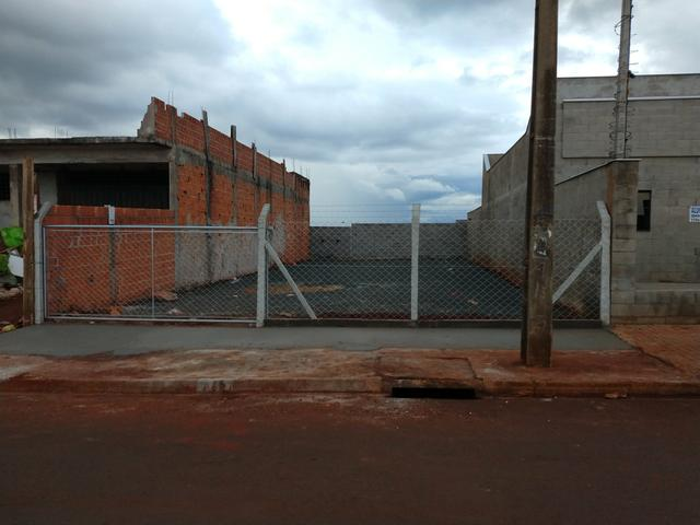Alugo terreno comercial plano Padovani 250 m2 - Foto 4