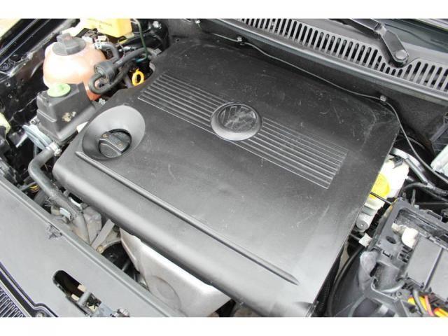 Volkswagen Polo Sedan 1.6 - Foto 12