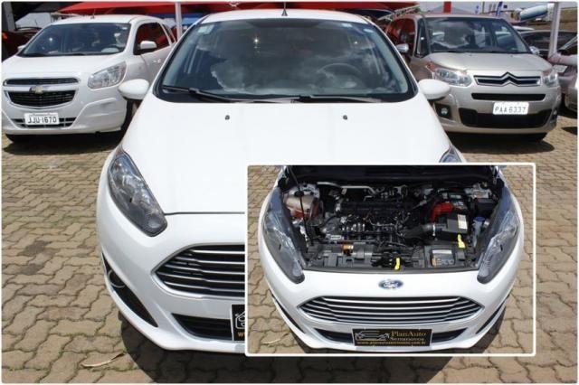 Ford Fiesta SE POWERSHIFT 4P - Foto 5