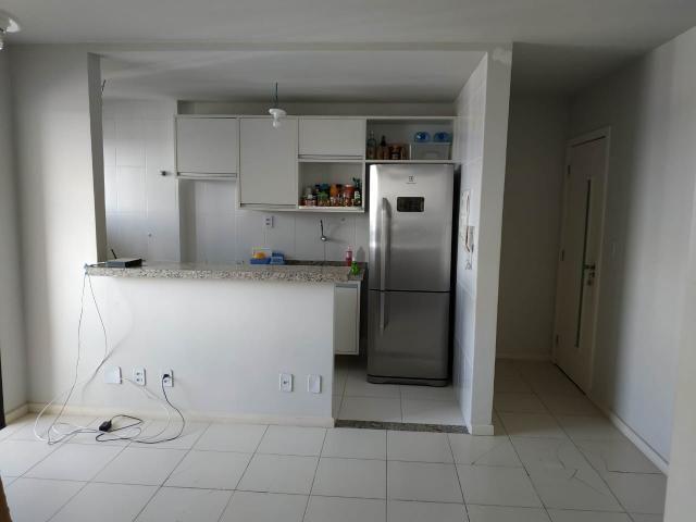 Apartamento no Imbuí - Condomínio Torre Madri - 2/4 com 1 Suíte - 59 m² - Varanda - 1 Vaga - Foto 7