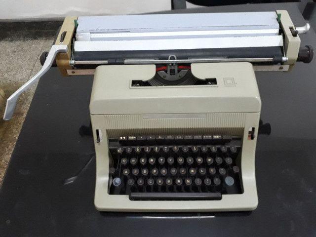 Máquinas de Escrever e Calculadoras  - Foto 3