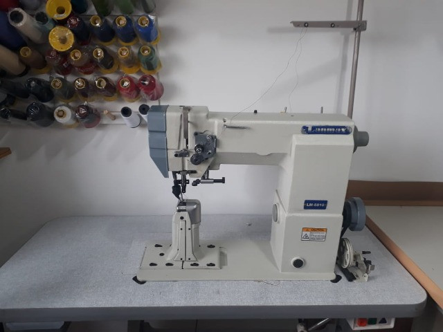 Máquina de Costura de coluna semi-nova - Foto 2