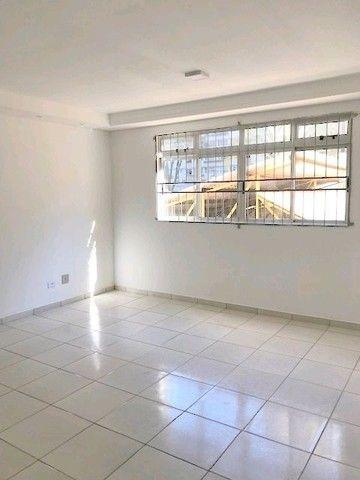 Apartamento para alugar com 3 dormitórios em Zona 01, Maringa cod:04147.003 - Foto 2