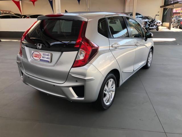Honda Fit LX 1.5 Prata - Foto 3