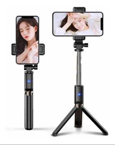 Tripé Bastão Pau De Selfie 360º Suporte Com Controle Bluetooth