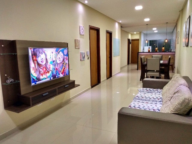 Casa Mobiliada Ampla e Iluminada 3qts / 3 Suites - Aluguel