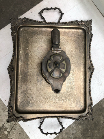 Bandeja e cremeira antigos se prata  - Foto 4