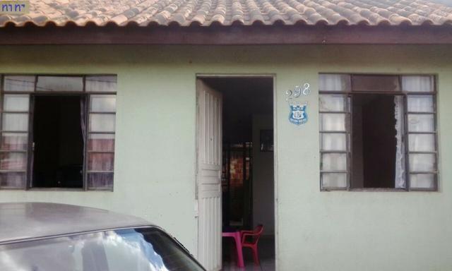 Casa (Quitada) em Curitiba, 3 quartos, com meia água 3 peças atrás