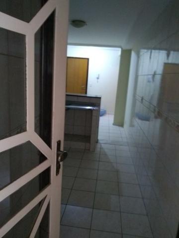 Apartamento de 2 quartos na QE 40 do Guará II