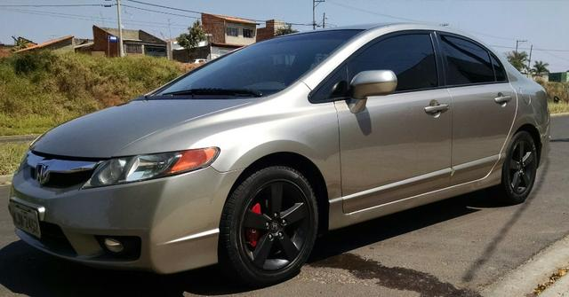 Honda New Civic 09 AT