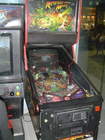 Máquina Pinball Fliperama Arcade Revenge From Mars Bally - Foto 5