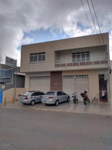 Galpão Comercial com Apartamento na área superior