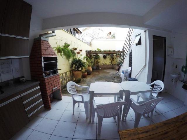 Cod.:2270 Linda casa geminada independente área construída 100 m² no Juliana - Foto 13