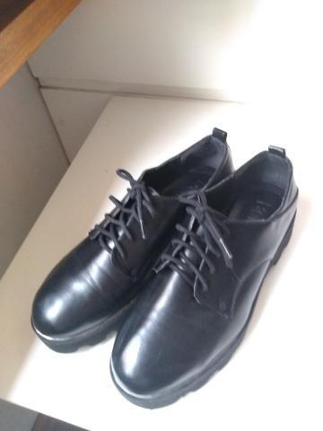 Sapato sola tratorada marca Bershka - Foto 2