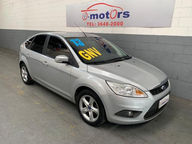 Ford Focus Ht 1.6 Glx Completo Gnv