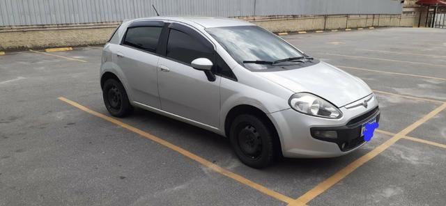 Lindo Fiat Punto 2016 1.4 Quitado Financio pelo banco - Foto 2