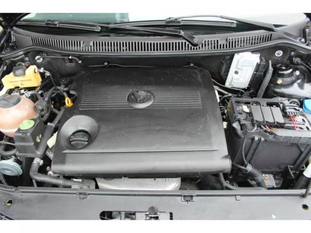 Volkswagen Polo Sedan 1.6 - Foto 11