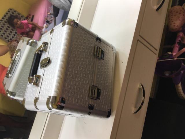 Vendo maleta de maquiagem profissional WhatsApp * - Foto 2