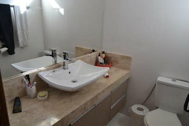 Belíssima casa com 4 suítes em Condomínio Fechado - Favor ler o anúncio todo- - Foto 3