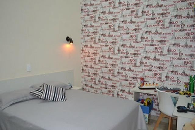 Belíssima casa com 4 suítes em Condomínio Fechado - Favor ler o anúncio todo- - Foto 9