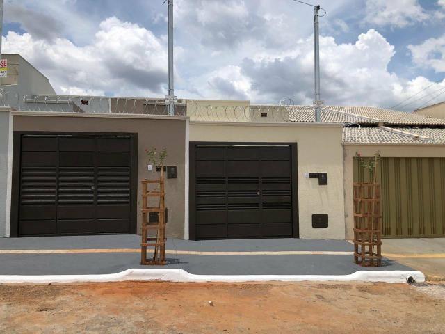 Casa nova 2 suítes 2 vagas ótima localização ac financiamento - Foto 2