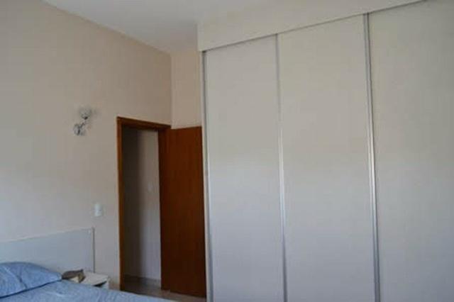 Belíssima casa com 4 suítes em Condomínio Fechado - Favor ler o anúncio todo- - Foto 5