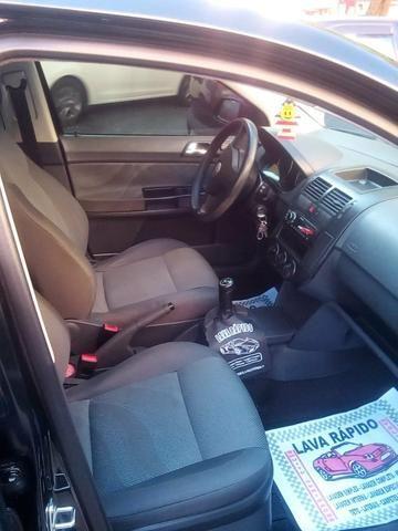 Polo Sedan 1.6 Flex - Foto 6