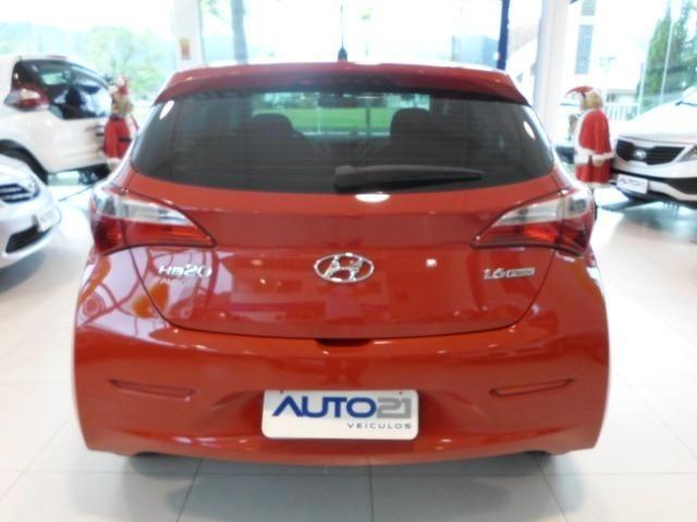 Hyundai HB20 1.6 Comf. Style com 56.823 km - Foto 5