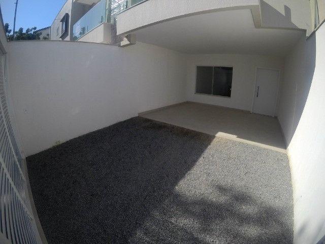 Lindas casas Duplex em Colina de Laranjeiras / Fino acabamento