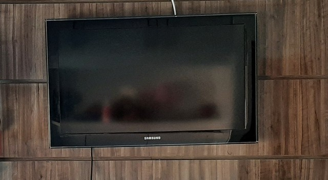 "TV 32"" Samsung LCD"