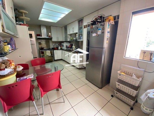 Apartamento Localizado na Ponta Verde, segunda quadra da praia - 225m², 4 suítes - Foto 7