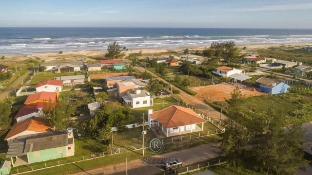 Casa a meia quadra da beira mar em Torres - Foto 4