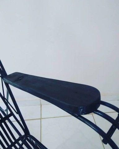 Cadeira balanço ferro maciço - Foto 2