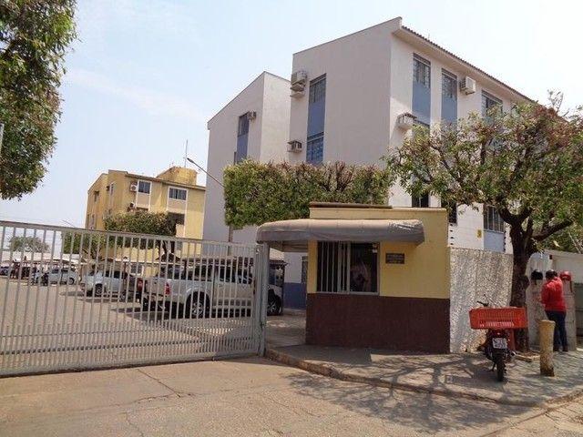 Vendo Apartamento com 2 quartos Jardim Aeroporto