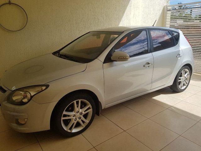 Hyundai I30 2010/2011, automatico, prata, KM 164700