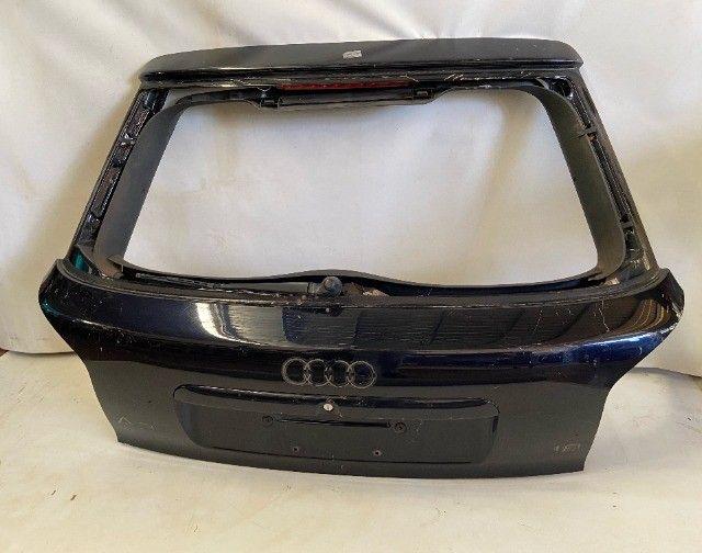Tampa traseira Audi A3 2001/2006 sem vidro