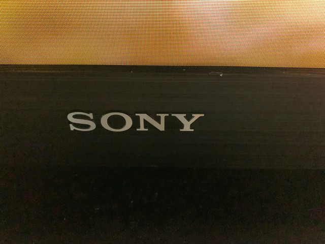 Vendo TV Sony 46 polegadas - Foto 3
